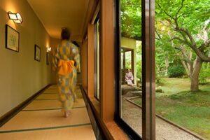 青森県おでかけキャンペーン 5000円割引+2000円おでかけクーポン スタンプラリー 花禅の庄
